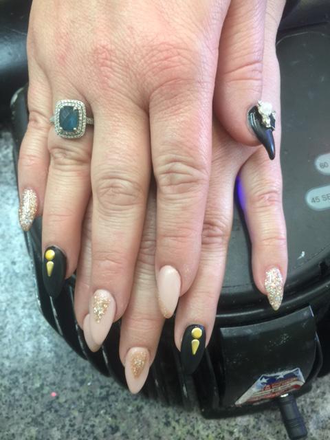L.A. Nails